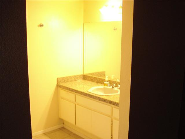 Photo 7: Photos: SOUTH ESCONDIDO Condo for sale : 3 bedrooms : 1651 Juniper #199 in Escondido