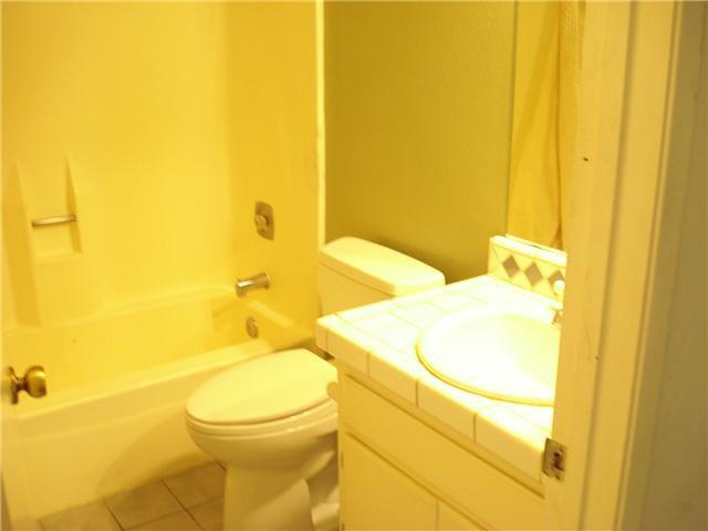 Photo 10: Photos: SOUTH ESCONDIDO Condo for sale : 3 bedrooms : 1651 Juniper #199 in Escondido