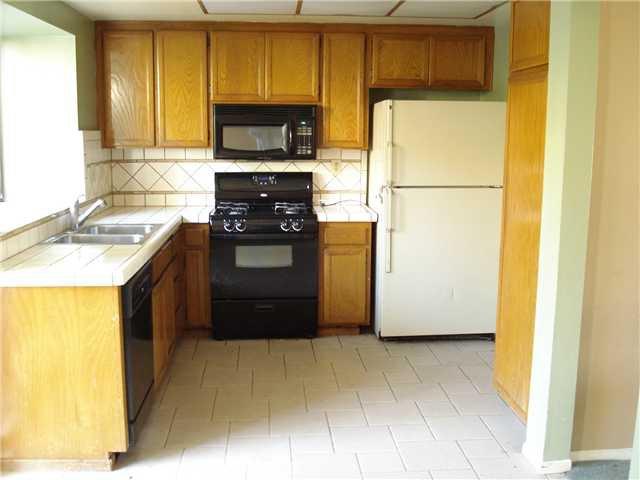 Photo 5: Photos: SOUTH ESCONDIDO Condo for sale : 3 bedrooms : 1651 Juniper #199 in Escondido
