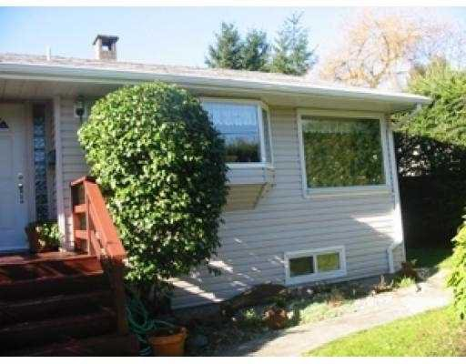 """Main Photo: 324 LAVAL ST in Coquitlam: Maillardville House for sale in """"MAILLARDVILLE"""" : MLS®# V575206"""
