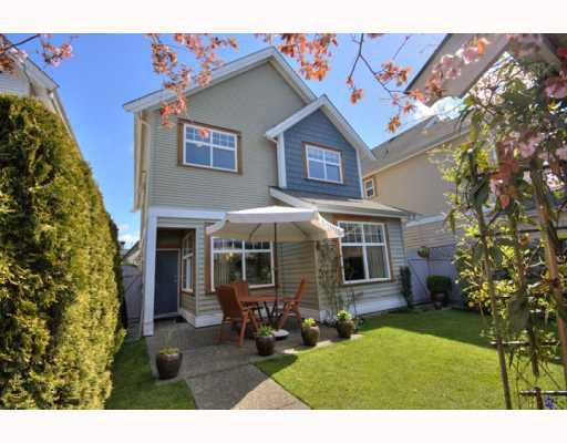 "Main Photo: 6953 ROBSON Drive in Richmond: Terra Nova House for sale in ""SWEETWATER"" : MLS®# V764398"