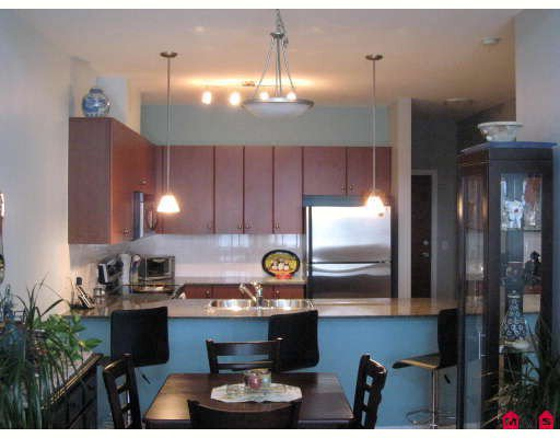 """Main Photo: 406 10180 153RD Street in Surrey: Guildford Condo for sale in """"CHARLTON PARK"""" (North Surrey)  : MLS®# F2913521"""