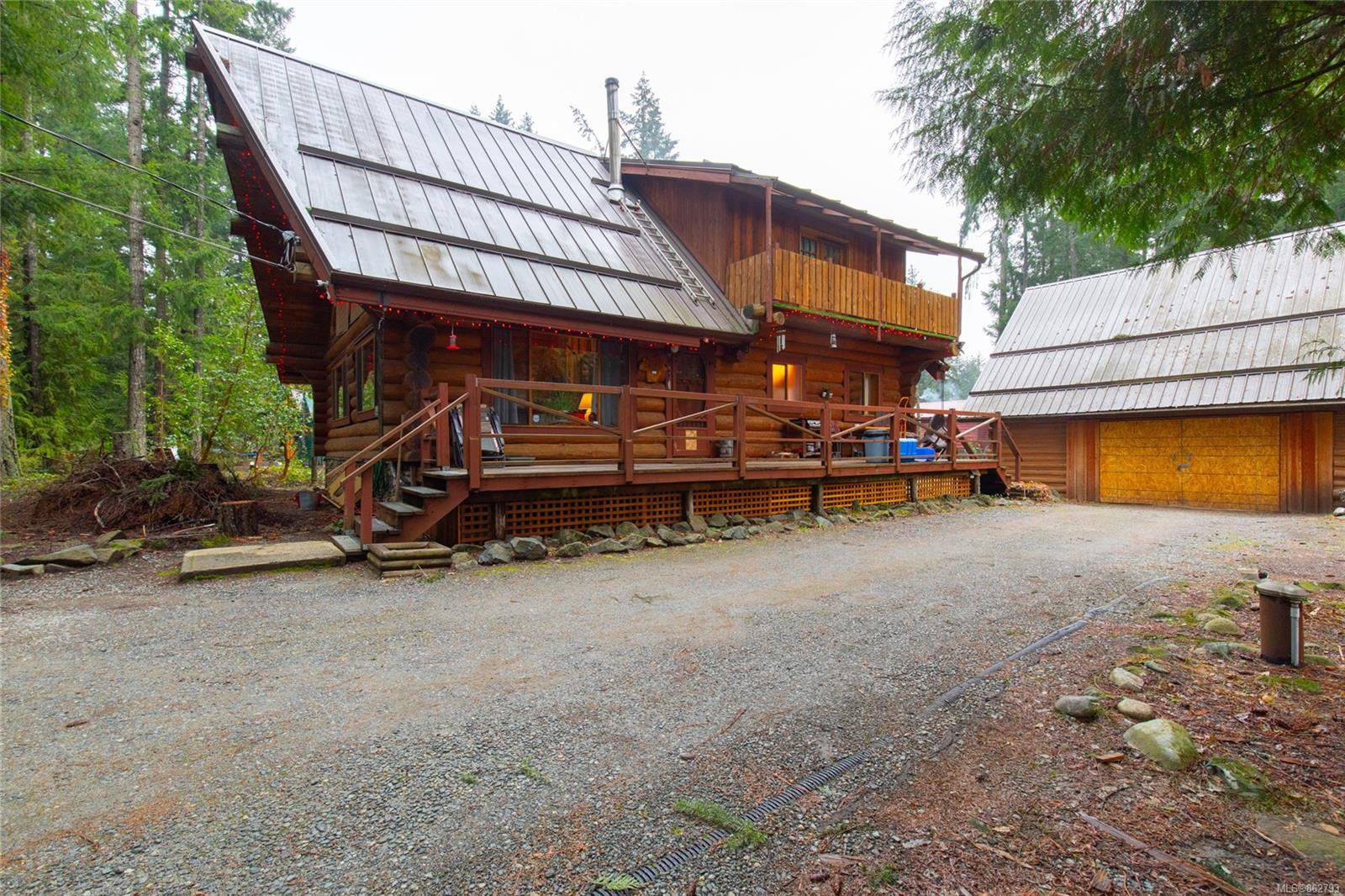 Main Photo: 3486 Hallberg Rd in : Na Extension House for sale (Nanaimo)  : MLS®# 862793