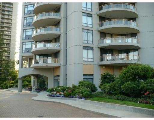 "Main Photo: 408 4425 HALIFAX Street in Burnaby: Brentwood Park Condo for sale in ""THE POLARIS"" (Burnaby North)  : MLS®# V806382"