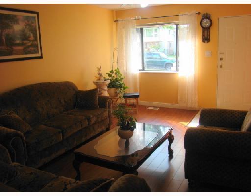 """Photo 2: Photos: 2237 E 38TH Avenue in Vancouver: Victoria VE House for sale in """"VICTORIA VE"""" (Vancouver East)  : MLS®# V734237"""