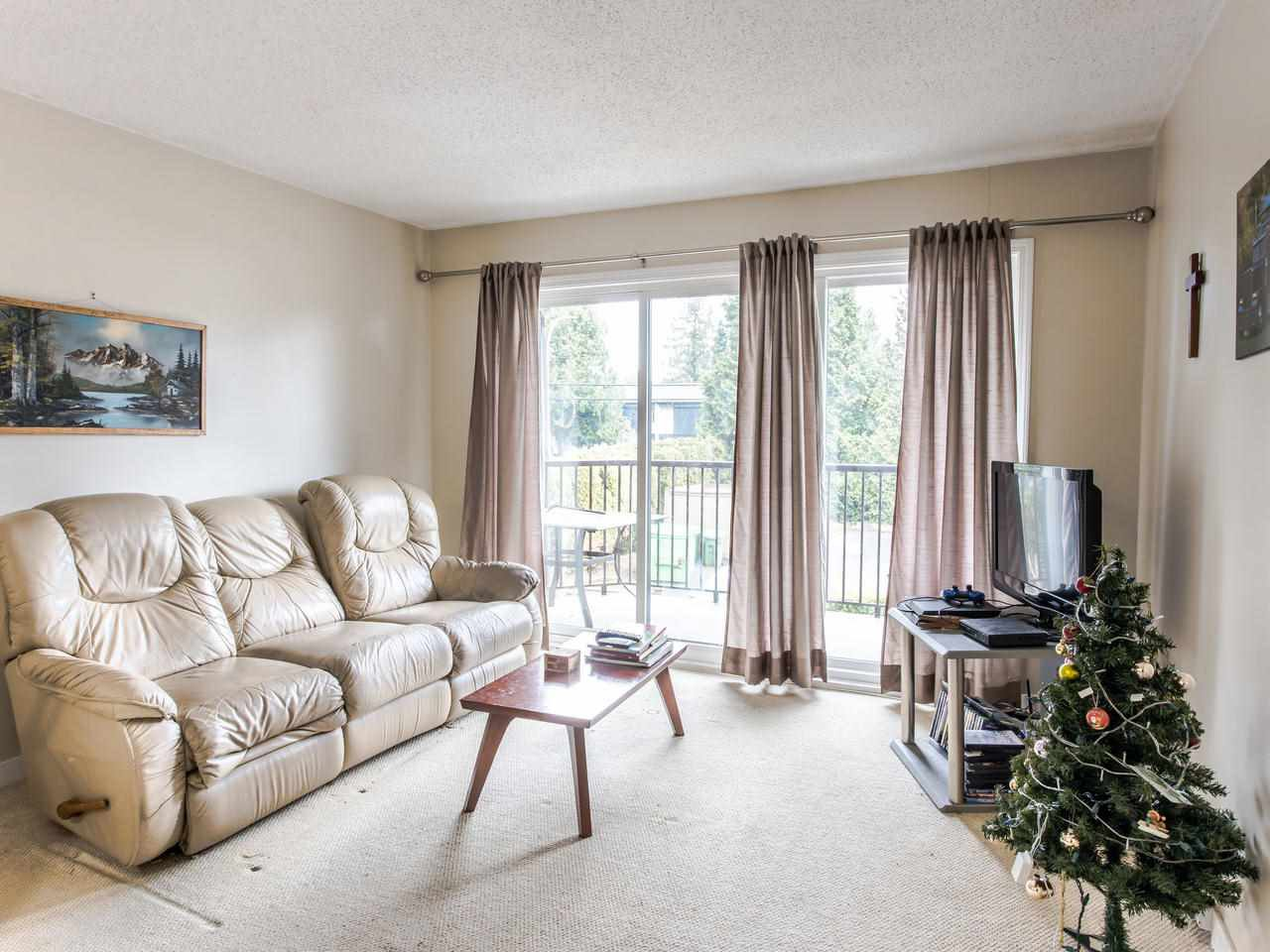 "Main Photo: 206 5191 203 Street in Langley: Langley City Townhouse for sale in ""Longlea"" : MLS®# R2422119"