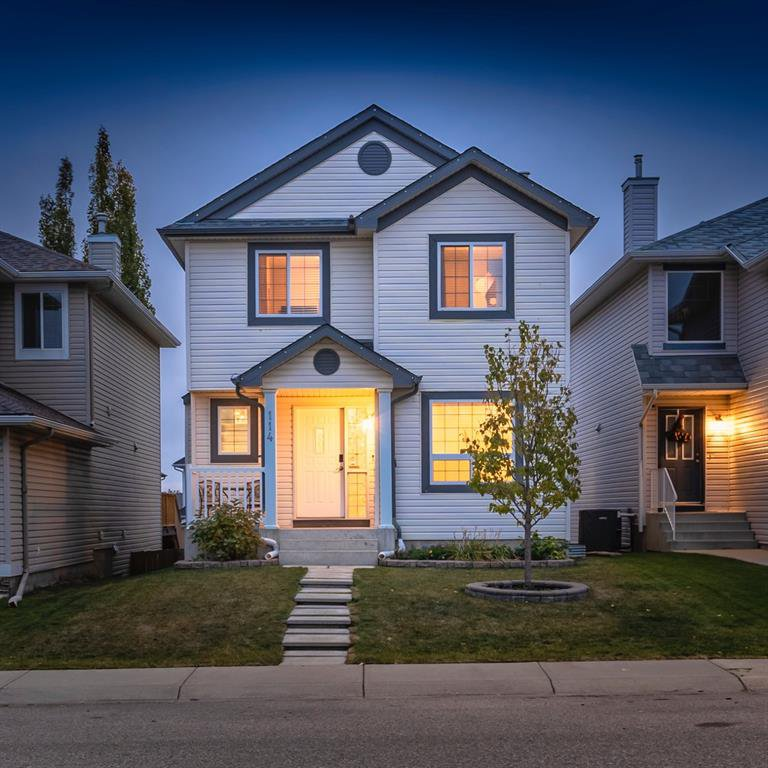 Main Photo: 114 Covewood Circle NE in Calgary: Coventry Hills Detached for sale : MLS®# A1042446