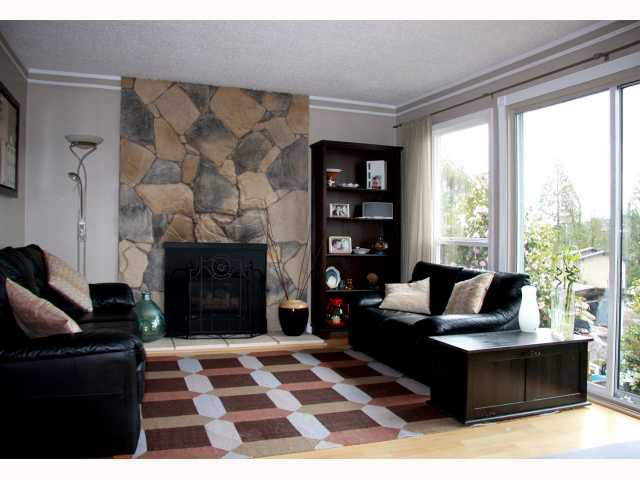 Main Photo: 727 APPLEYARD Court in Port Moody: North Shore Pt Moody House for sale : MLS®# V815109