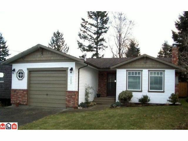 Main Photo: 15690 GOGGS Avenue: White Rock House for sale (South Surrey White Rock)  : MLS®# F1009250