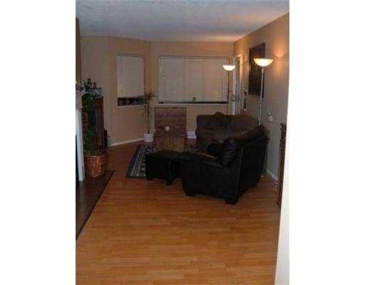 """Photo 6: Photos: 9880 MANCHESTER Drive in Burnaby: Cariboo Condo for sale in """"BROOKSIDE"""" (Burnaby North)  : MLS®# V625365"""
