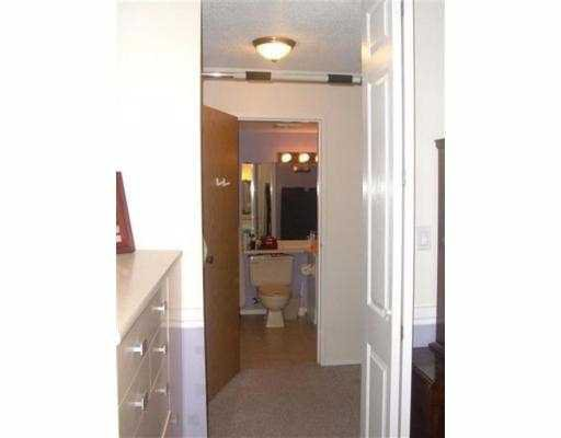 """Photo 9: Photos: 9880 MANCHESTER Drive in Burnaby: Cariboo Condo for sale in """"BROOKSIDE"""" (Burnaby North)  : MLS®# V625365"""