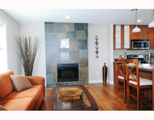 """Photo 4: Photos: 12 22206 124TH Avenue in Maple_Ridge: West Central Townhouse for sale in """"COPPERSTONE RIDGE"""" (Maple Ridge)  : MLS®# V775928"""
