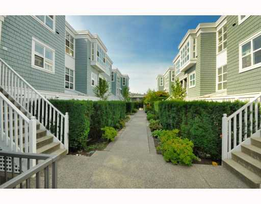 """Photo 8: Photos: 202 655 W 7TH Avenue in Vancouver: Fairview VW Townhouse for sale in """"The Ivys"""" (Vancouver West)  : MLS®# V777354"""