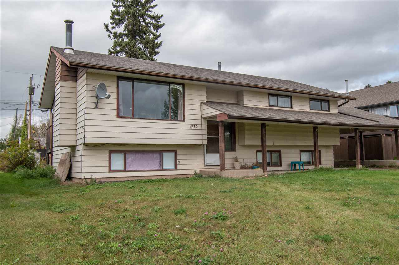 Main Photo: 1773 MAIN Street in Smithers: Smithers - Town House for sale (Smithers And Area (Zone 54))  : MLS®# R2408797