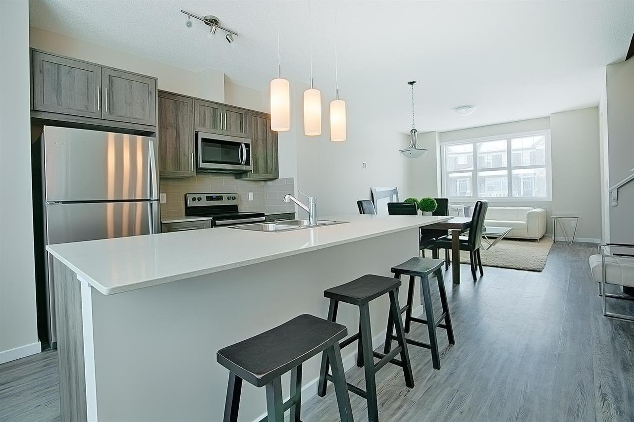 Main Photo: 2262 Glenridding Boulevard in Edmonton: Zone 56 Attached Home for sale : MLS®# E4187135