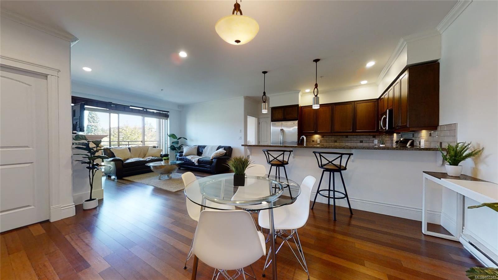 Main Photo: 302 755 Goldstream Ave in : La Langford Proper Condo for sale (Langford)  : MLS®# 855347