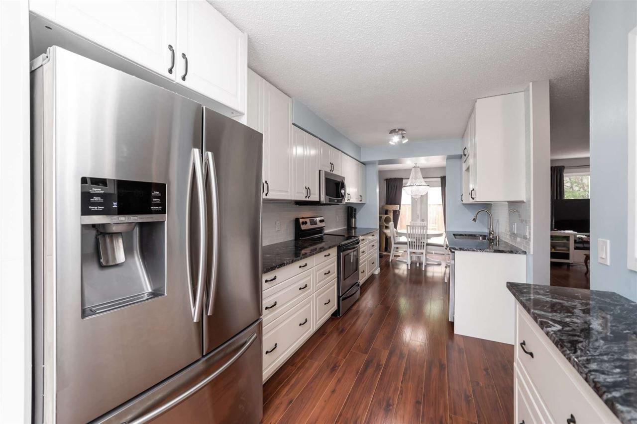 Main Photo: 300 GRANDIN Village: St. Albert Townhouse for sale : MLS®# E4214339