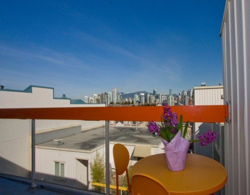 """Photo 2: Photos: 12 704 W 7TH Avenue in Vancouver: Fairview VW Condo for sale in """"HEATHER PARK"""" (Vancouver West)  : MLS®# V756969"""