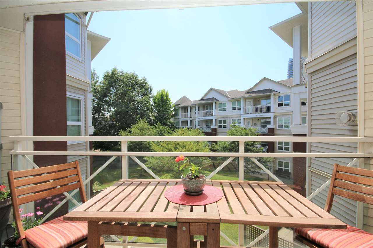 """Main Photo: 321 8068 120A Street in Surrey: Queen Mary Park Surrey Condo for sale in """"MELROSE PLACE"""" : MLS®# R2389951"""
