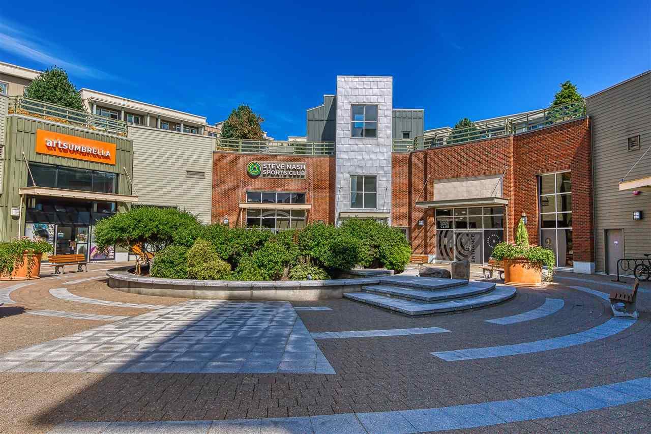 Main Photo: 456 15850 26 Avenue in Surrey: Grandview Surrey Condo for sale (South Surrey White Rock)  : MLS®# R2403154