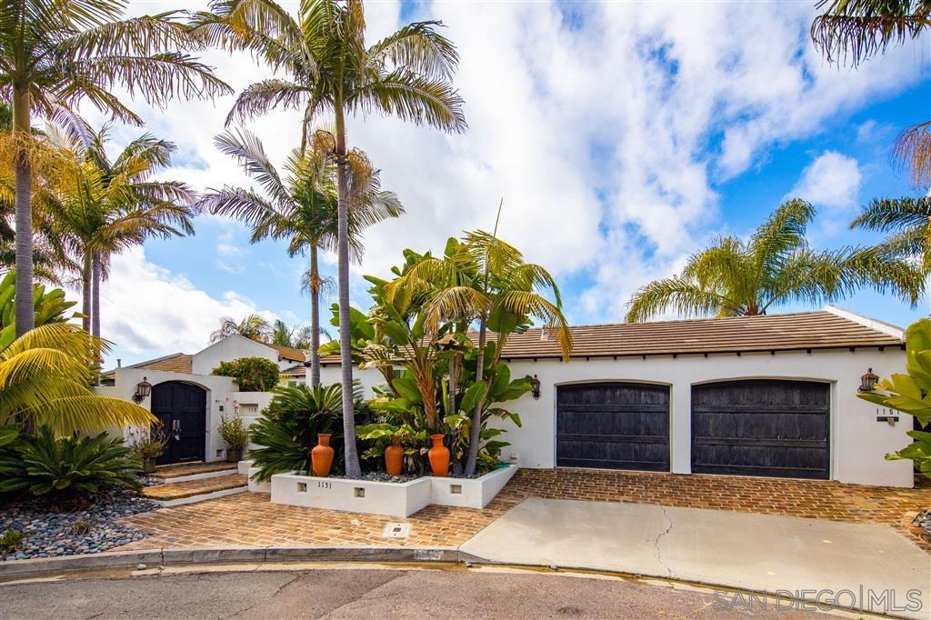 Main Photo: LA JOLLA House for sale : 4 bedrooms : 1151 Via Angelina