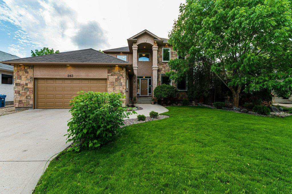 Main Photo: 263 Southbridge Drive in Winnipeg: Southdale Residential for sale (2H)  : MLS®# 202012657