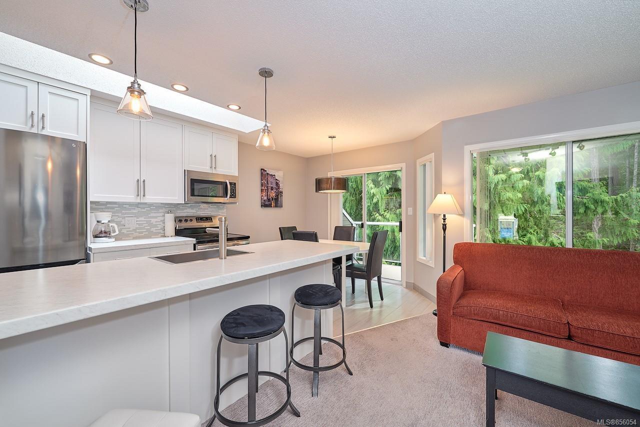 Main Photo: 64 1135 Resort Dr in : PQ Parksville Condo for sale (Parksville/Qualicum)  : MLS®# 856054