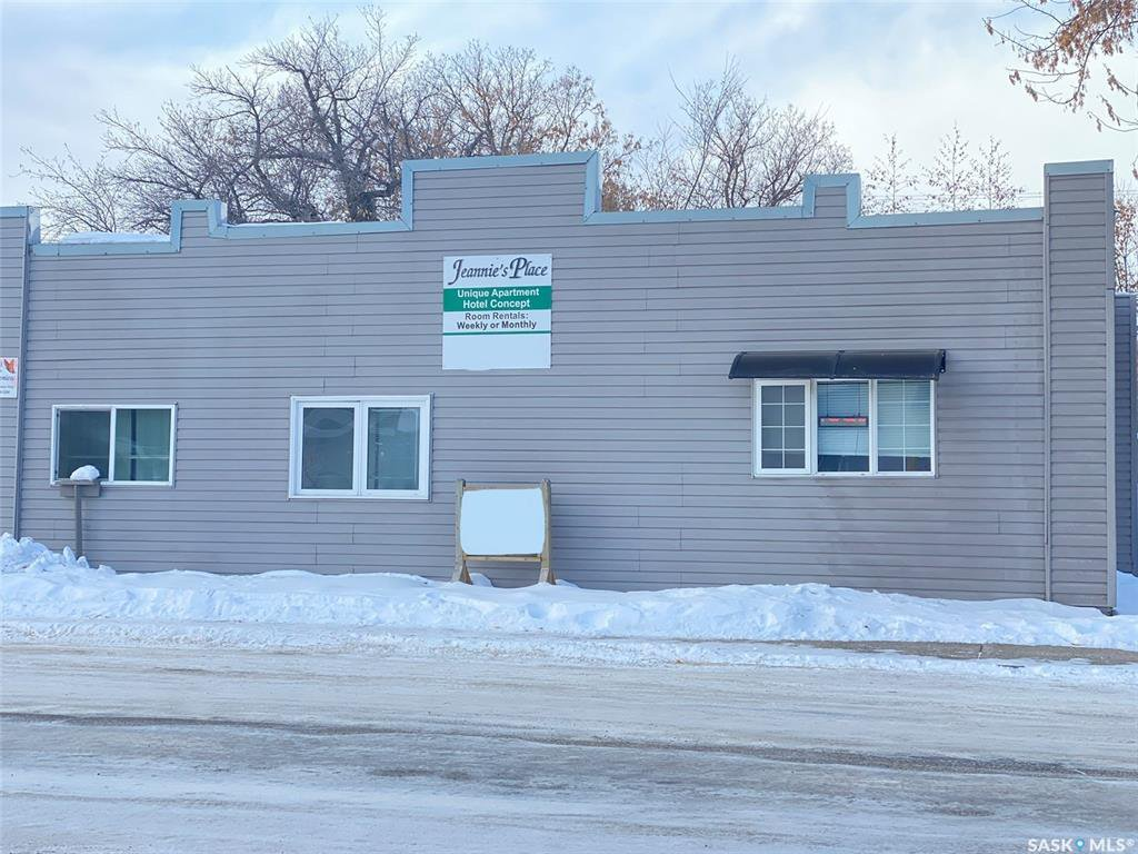 Main Photo: 304 1st Street West in Delisle: Residential for sale : MLS®# SK830066