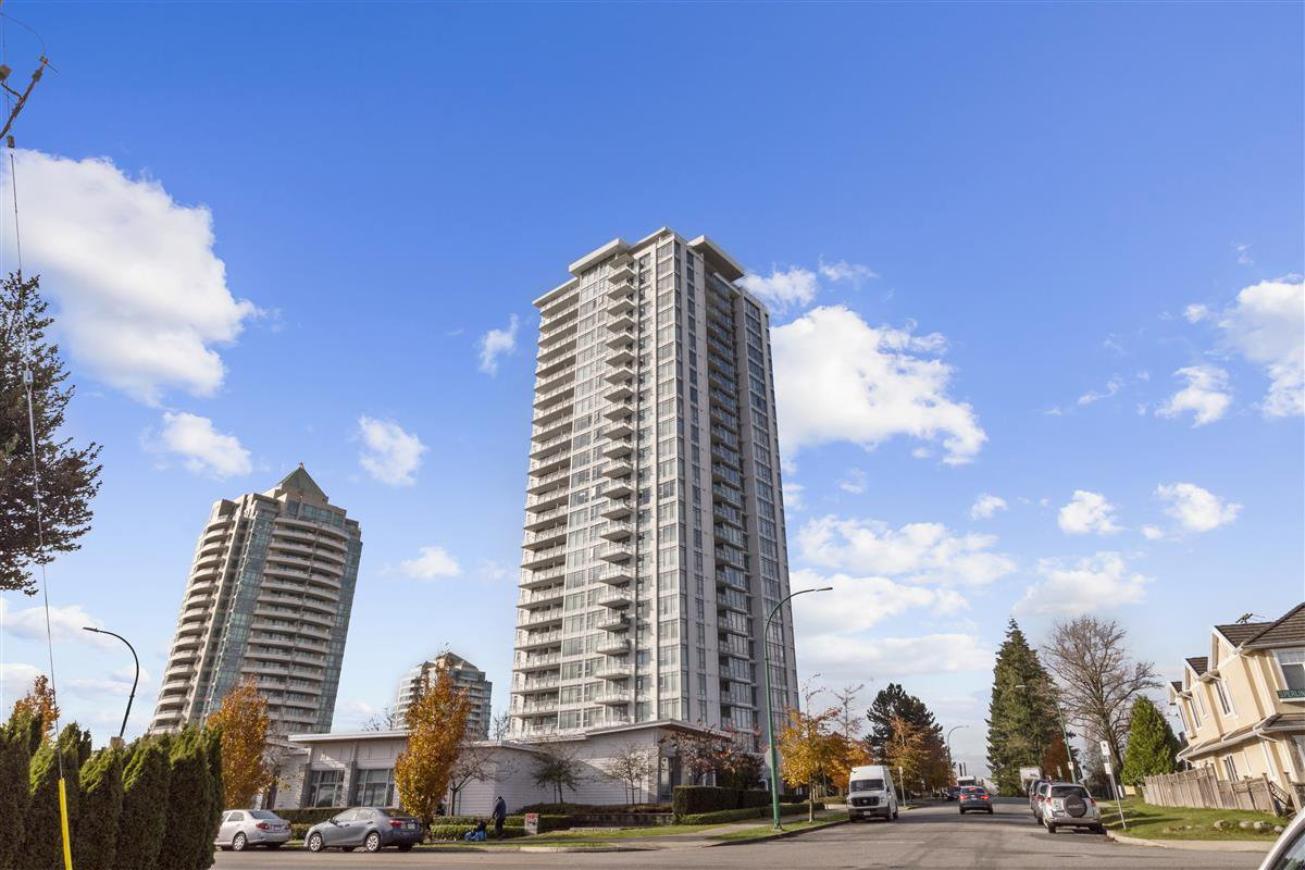 "Main Photo: 2803 6688 ARCOLA Street in Burnaby: Highgate Condo for sale in ""LUMA"" (Burnaby South)  : MLS®# R2518879"
