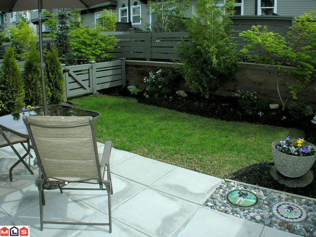 """Photo 10: Photos: 70 2729 158TH Street in Surrey: Grandview Surrey Townhouse for sale in """"Kaleden"""" (South Surrey White Rock)  : MLS®# F1012770"""