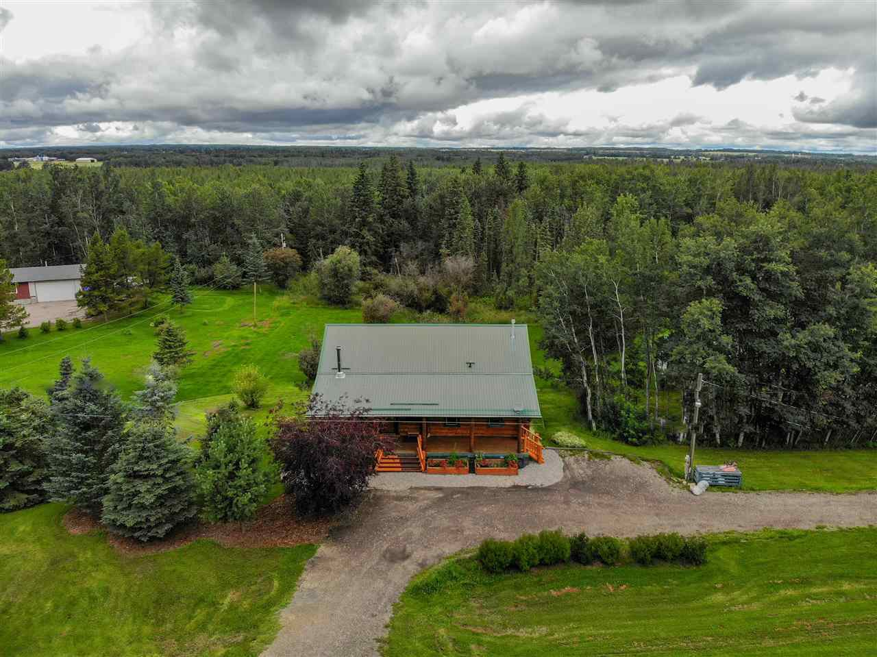 Main Photo: 53217 RGE RD 22: Rural Parkland County House for sale : MLS®# E4169392