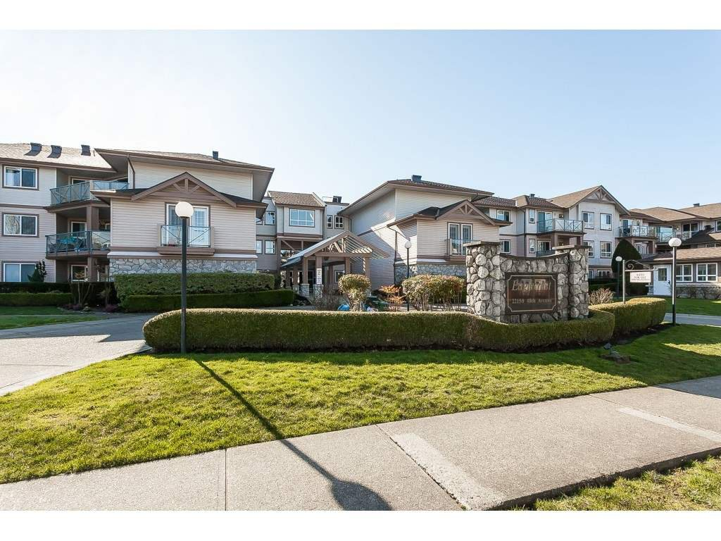 "Main Photo: 219 22150 48 Avenue in Langley: Murrayville Condo for sale in ""Eaglecrest"" : MLS®# R2439305"