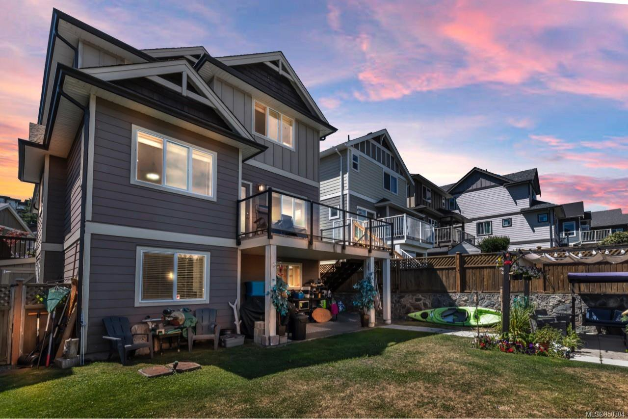Main Photo: 3046 Waterview Close in : La Westhills Single Family Detached for sale (Langford)  : MLS®# 850304
