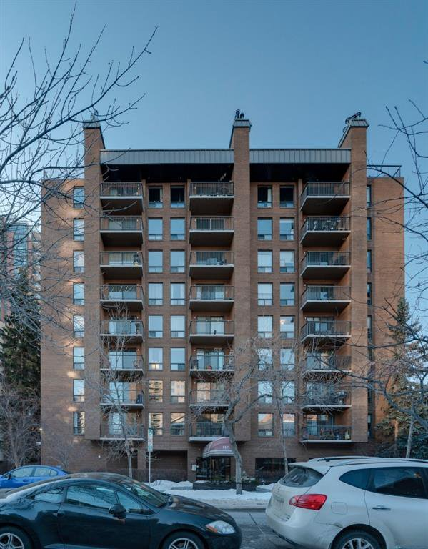 Main Photo: 501 1323 15 Avenue SW in Calgary: Beltline Apartment for sale : MLS®# A1057664