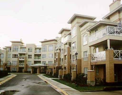 Main Photo: 105 2559 PARKVIEW LN in Port_Coquitlam: Central Pt Coquitlam Condo for sale (Port Coquitlam)  : MLS®# V381929