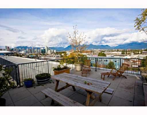 "Photo 13: Photos: 419 350 E 2ND Avenue in Vancouver: Mount Pleasant VE Condo for sale in ""MAIN SPACE"" (Vancouver East)  : MLS®# V739178"