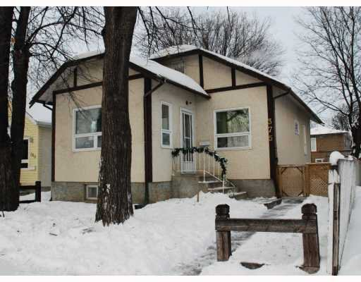 Main Photo: 375 CHALMERS Avenue in WINNIPEG: East Kildonan Residential for sale (North East Winnipeg)  : MLS®# 2900377
