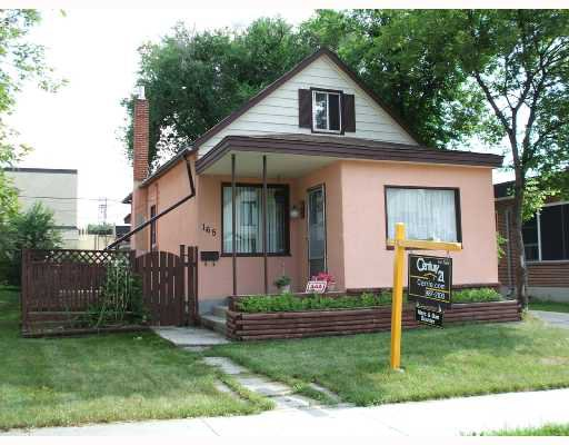 Main Photo: 165 PERTH Avenue in WINNIPEG: West Kildonan / Garden City Single Family Detached for sale (North West Winnipeg)  : MLS®# 2712981