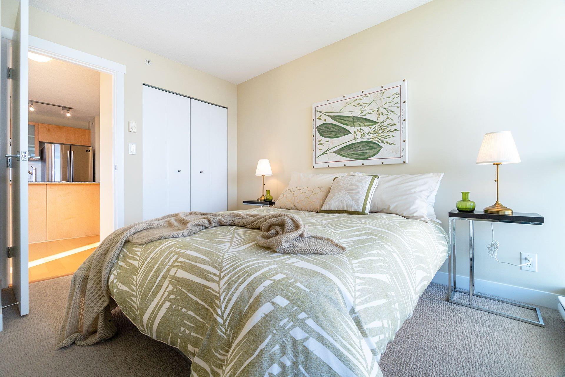 """Photo 22: Photos: 1207 7535 ALDERBRIDGE Way in Richmond: Brighouse Condo for sale in """"OCEAN WALK"""" : MLS®# R2445449"""