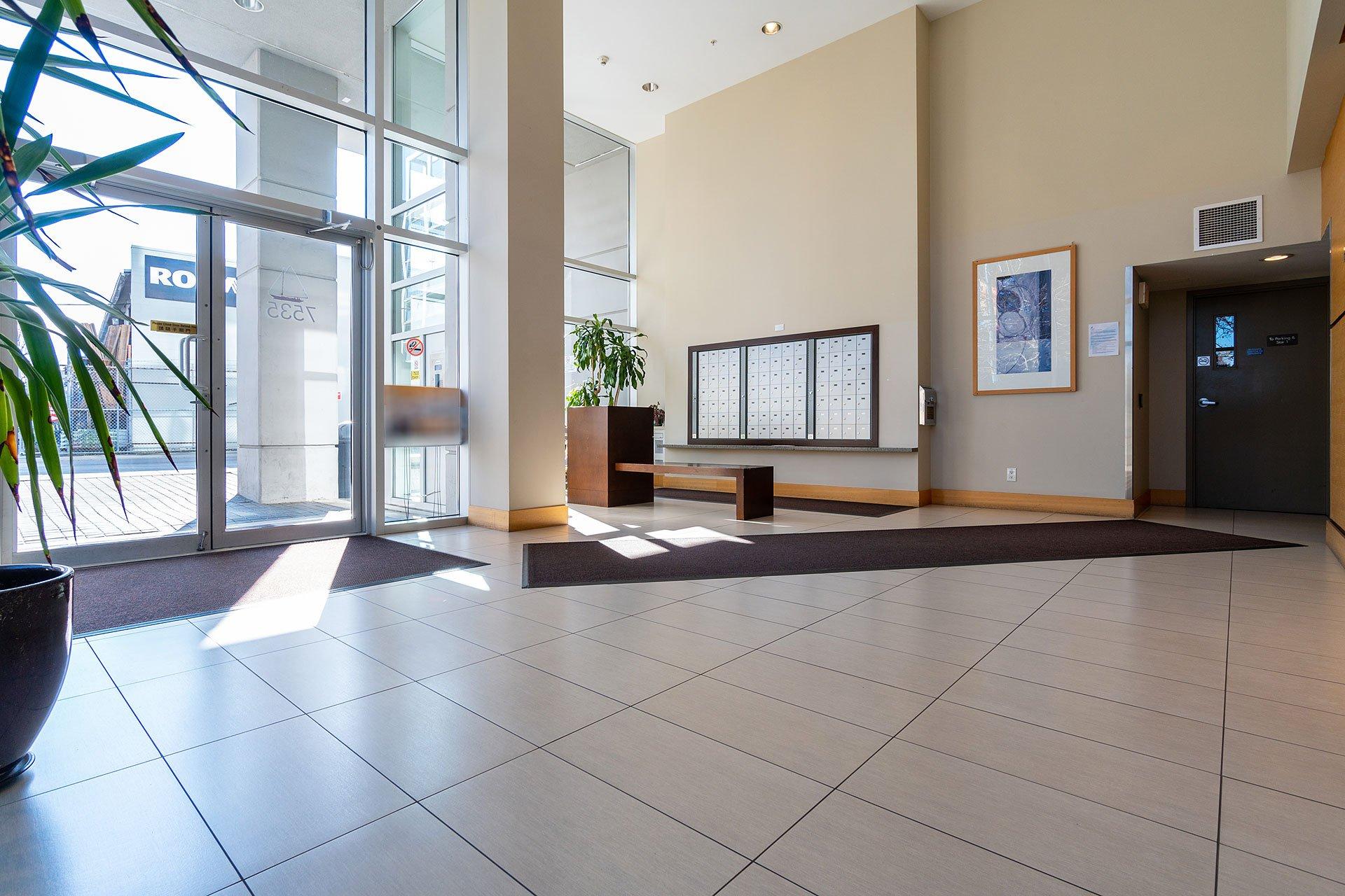 """Photo 36: Photos: 1207 7535 ALDERBRIDGE Way in Richmond: Brighouse Condo for sale in """"OCEAN WALK"""" : MLS®# R2445449"""
