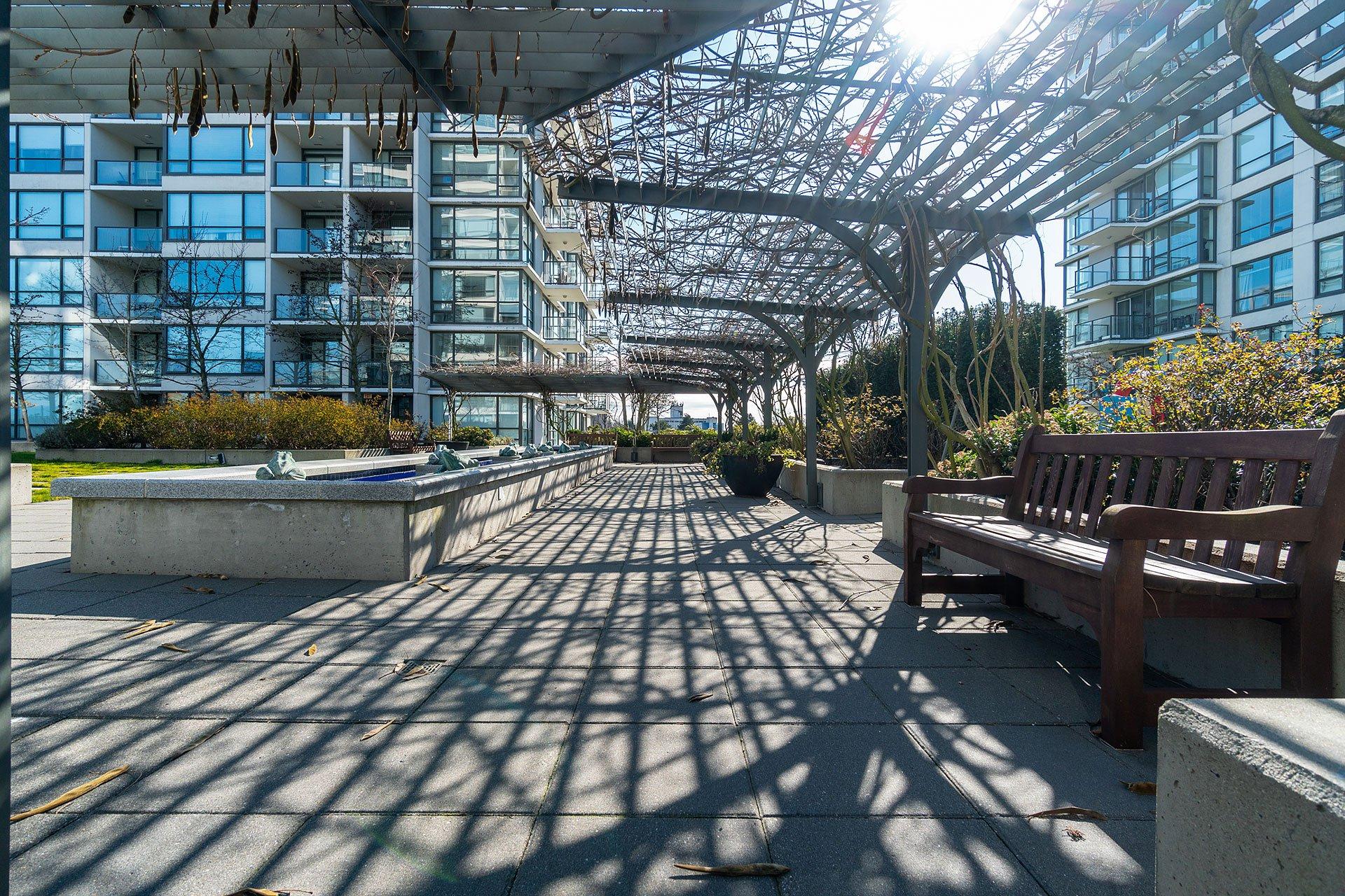 """Photo 35: Photos: 1207 7535 ALDERBRIDGE Way in Richmond: Brighouse Condo for sale in """"OCEAN WALK"""" : MLS®# R2445449"""