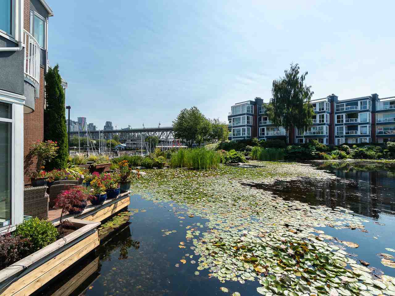 Main Photo: 1594 ISLAND PARK WALK in : False Creek Townhouse for sale : MLS®# R2297532