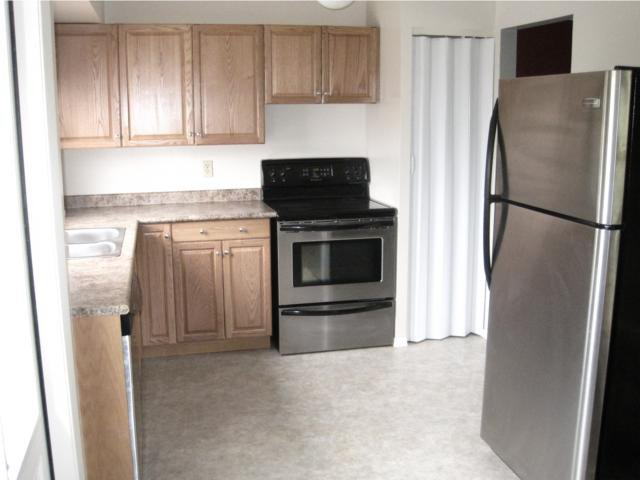 Photo 4: Photos: 10 Kramble Place in WINNIPEG: Transcona Residential for sale (North East Winnipeg)  : MLS®# 1009236