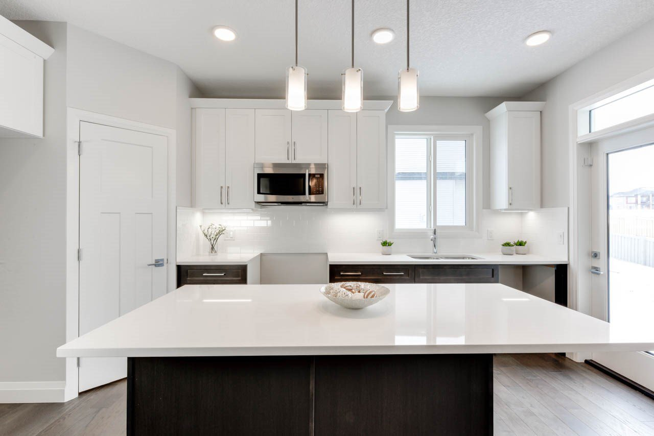 Main Photo: 8441 CUSHING Court SW in Edmonton: Zone 55 House for sale : MLS®# E4178917
