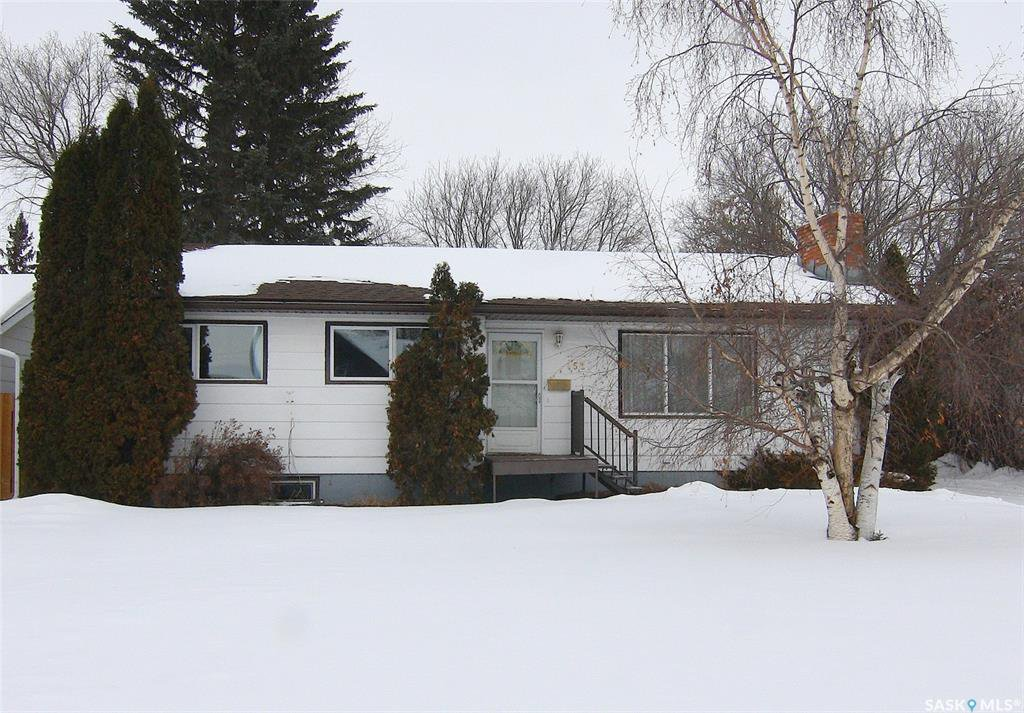 Main Photo: 152 19th Street in Battleford: Residential for sale : MLS®# SK799174