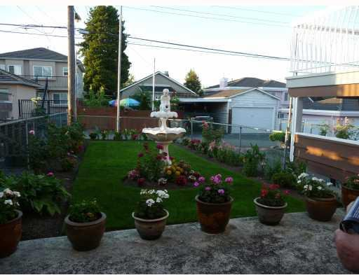 Photo 2: Photos: 1661 E 36TH Avenue in Vancouver: Knight House for sale (Vancouver East)  : MLS®# V782560