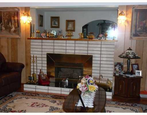 Photo 4: Photos: 1661 E 36TH Avenue in Vancouver: Knight House for sale (Vancouver East)  : MLS®# V782560