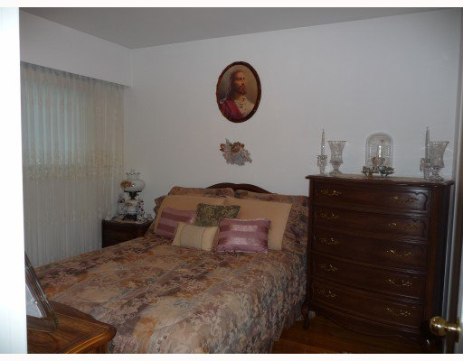 Photo 10: Photos: 1661 E 36TH Avenue in Vancouver: Knight House for sale (Vancouver East)  : MLS®# V782560