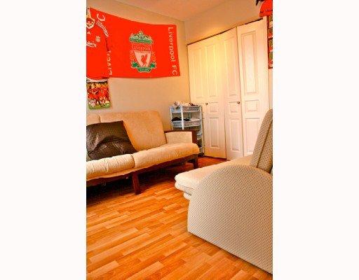Photo 7: Photos: 409 12639 NO 2 Road in Richmond: Steveston South Condo for sale : MLS®# V811659