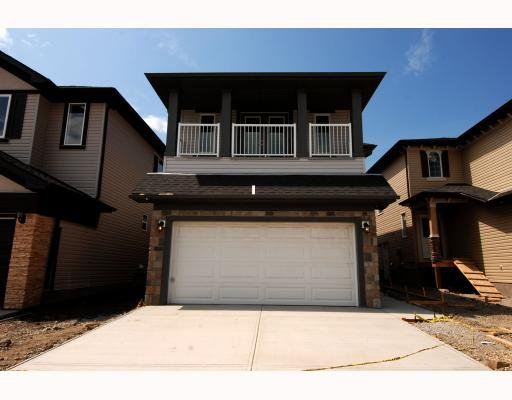 Main Photo: 410 TARALAKE Way NE in CALGARY: Taradale Residential Detached Single Family for sale (Calgary)  : MLS®# C3382286